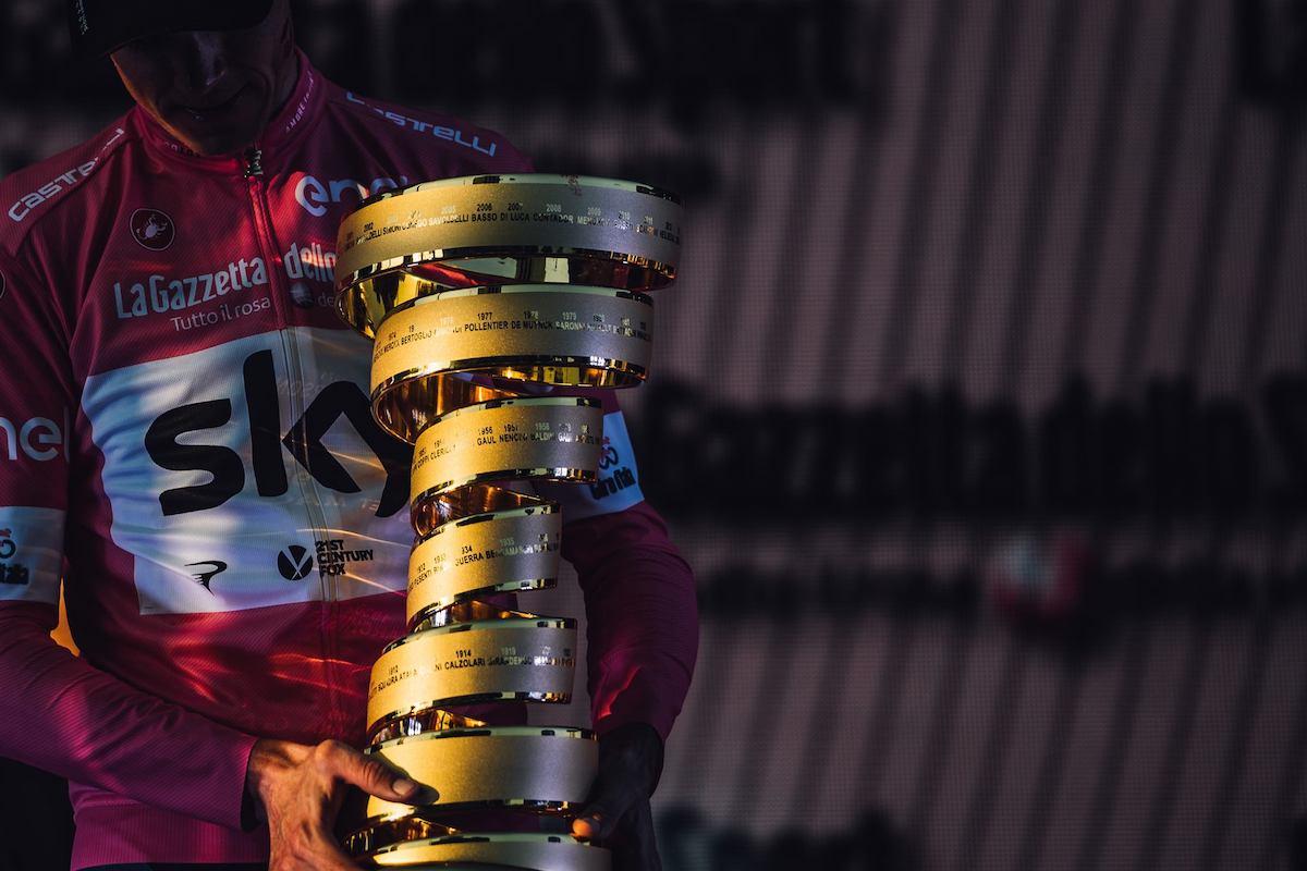 come nasce il Trofeo Senza Fine del Giro d'Italia