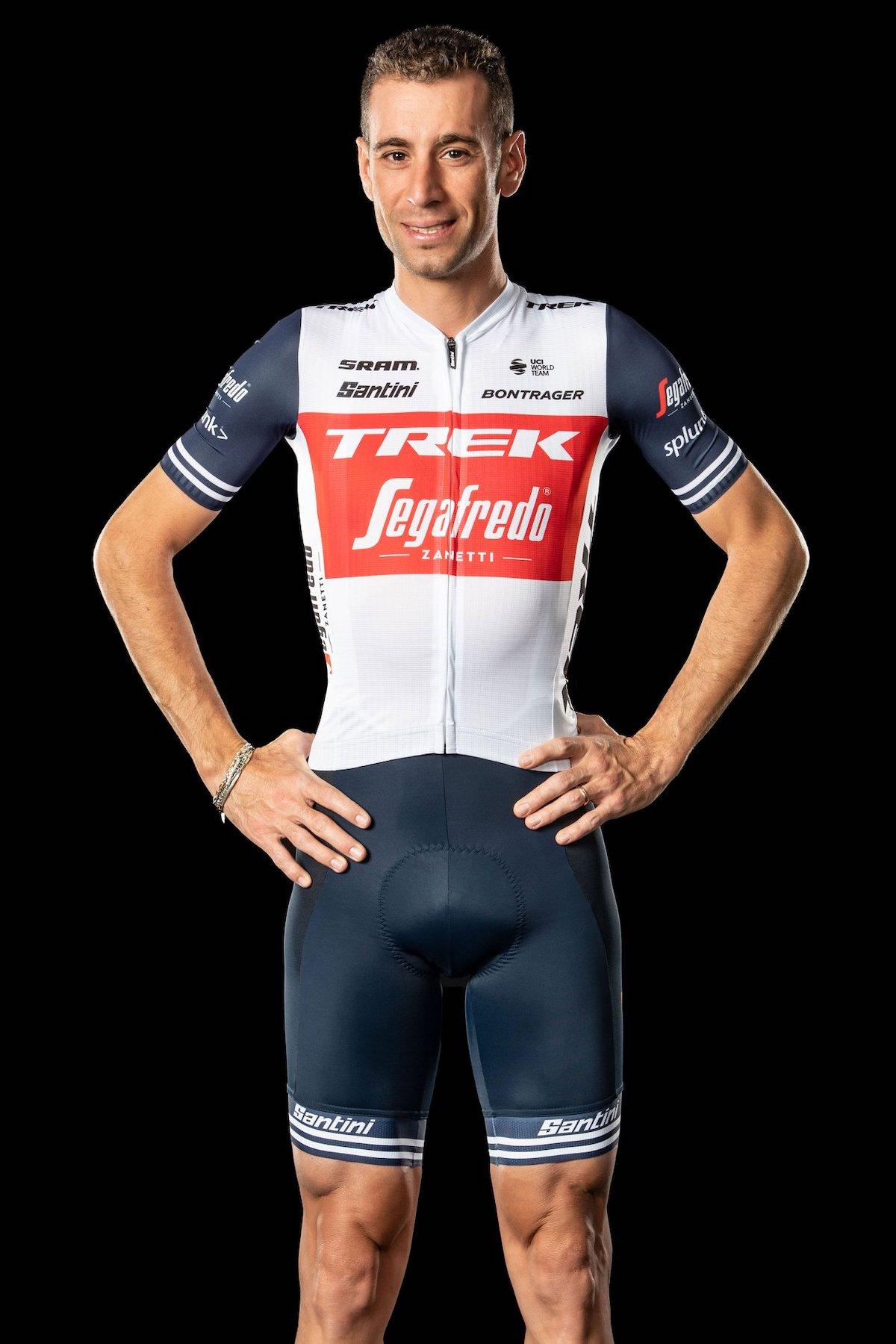 nuova divisa per Vincenzo Nibali