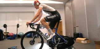 Posizione in bici sui rulli