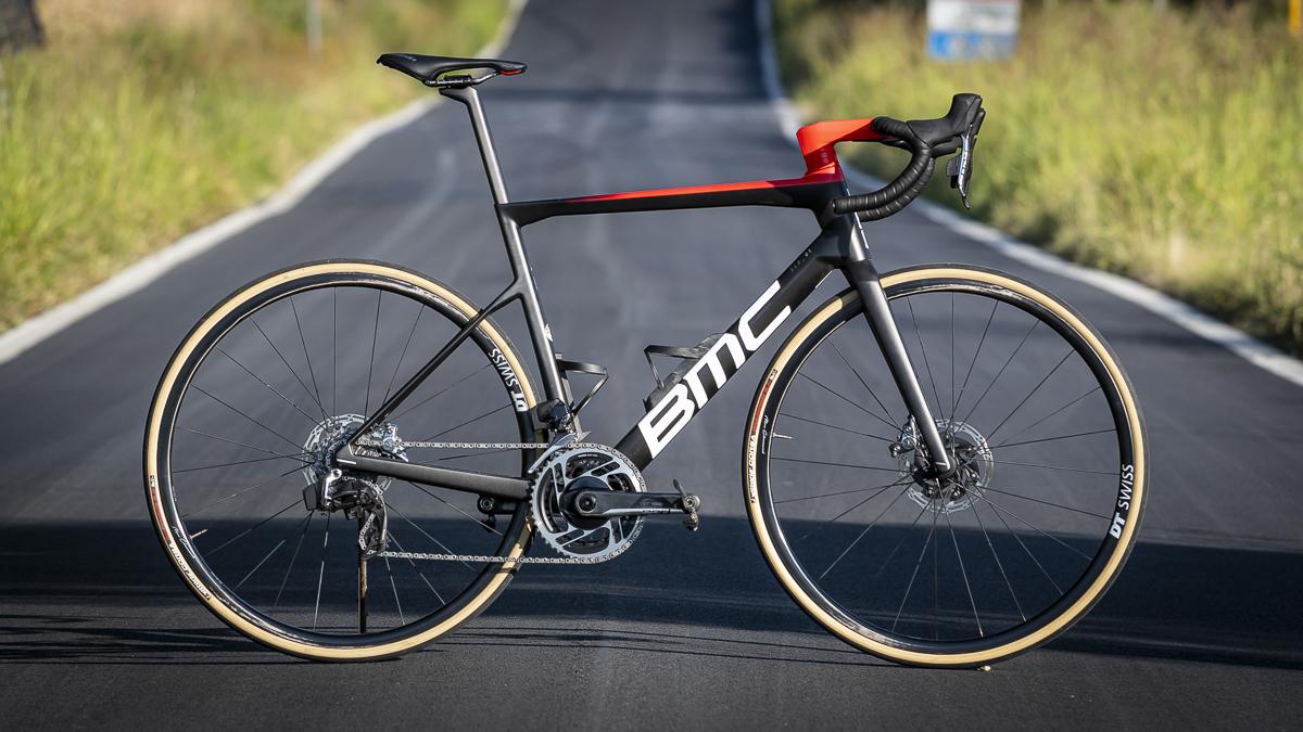 Nuova BMC Teammachine SLR01