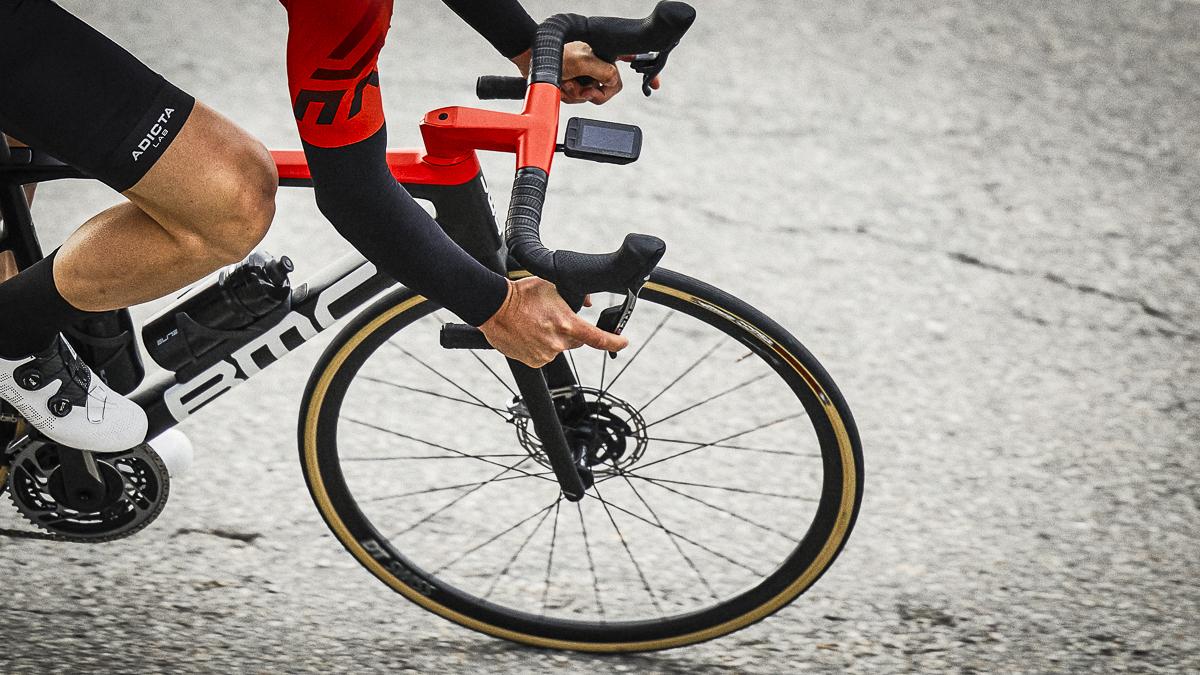 frenare sulle bici con freno a disco