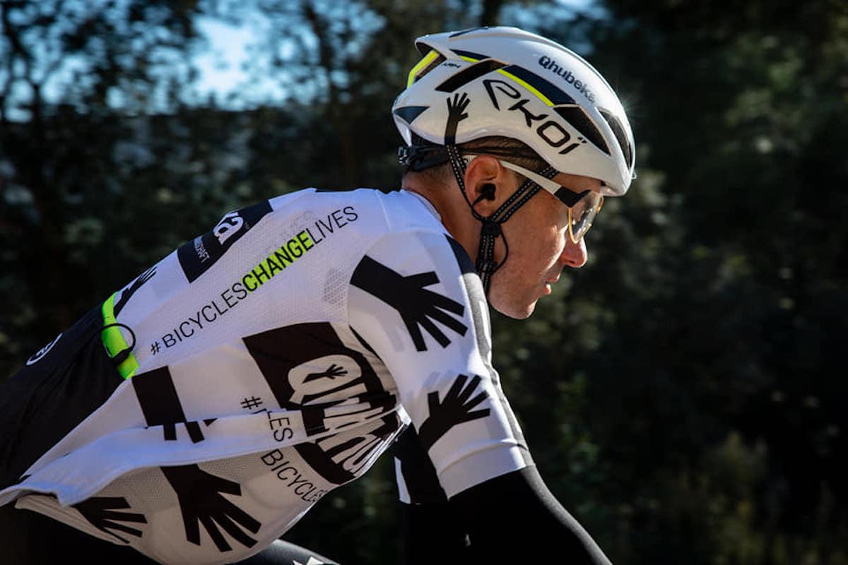 Cosa mette in valigia un professionista al Giro?