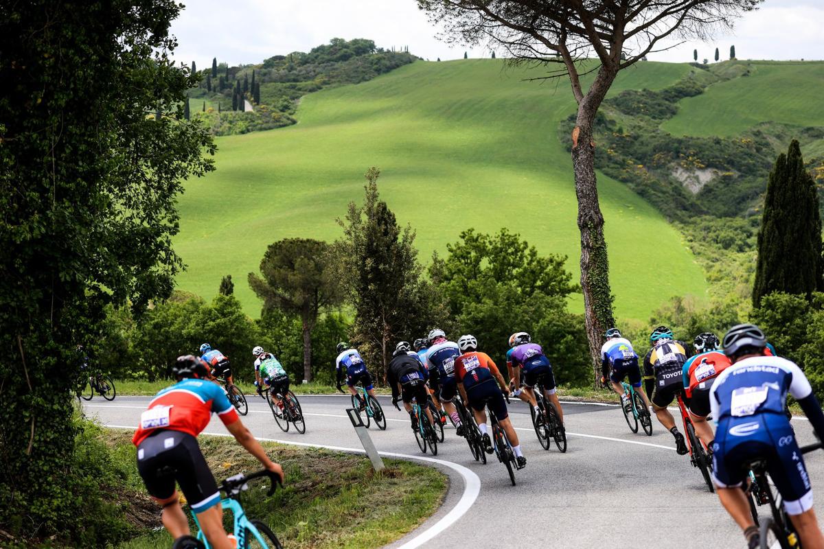 Un giorno al Giro-E