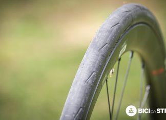 Larghezza del cerchio e scorrevolezza della gomma
