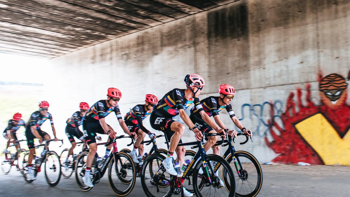 Team EF Education-Nippo al Giro 2021. Niente rosa? Nessun problema…