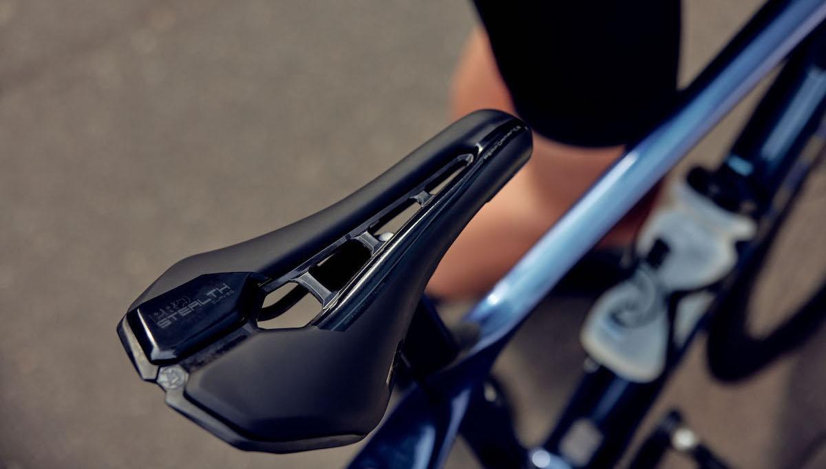 Nuove selle Pro Stealth Curved: per chi si muove molto durante la pedalata