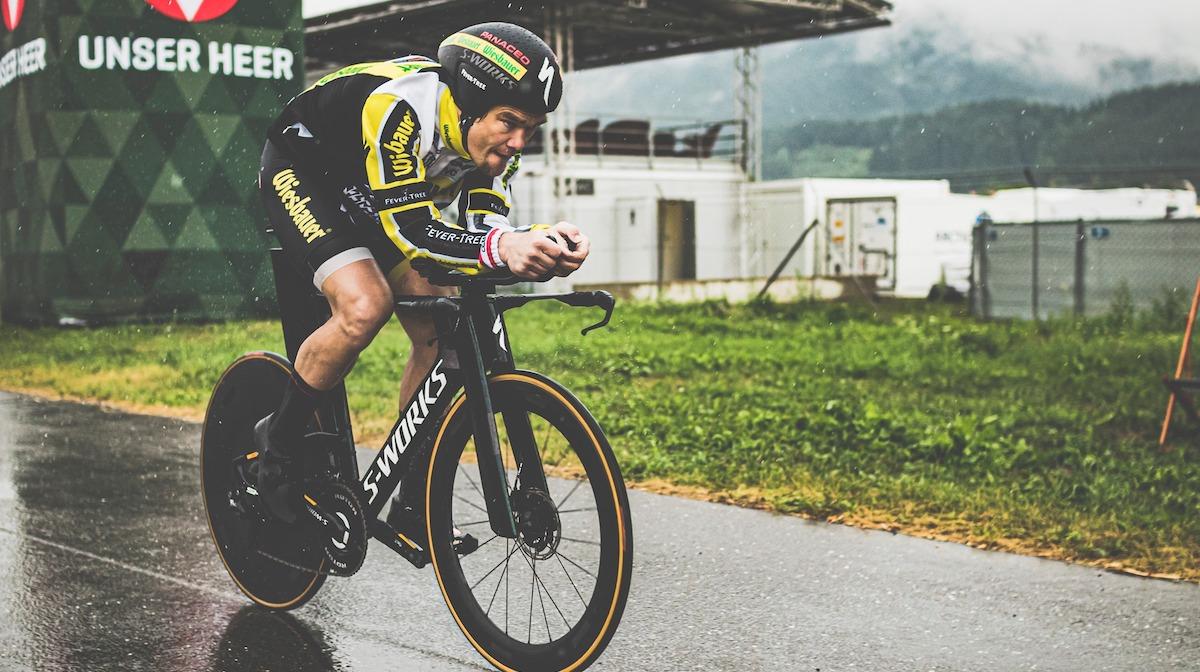 L'ultracyclist Strasser fa segnare il nuovo record di distanza sulle 24 ore