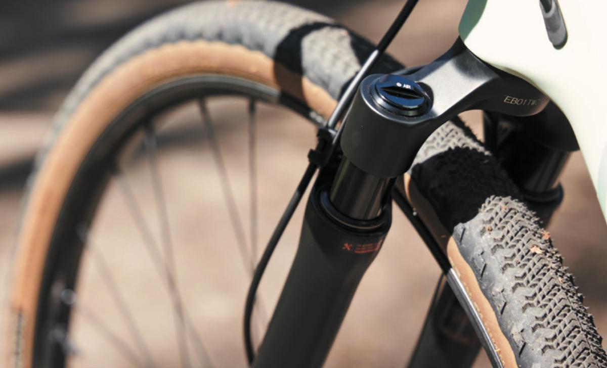 forcella ammortizzata per bici gravel