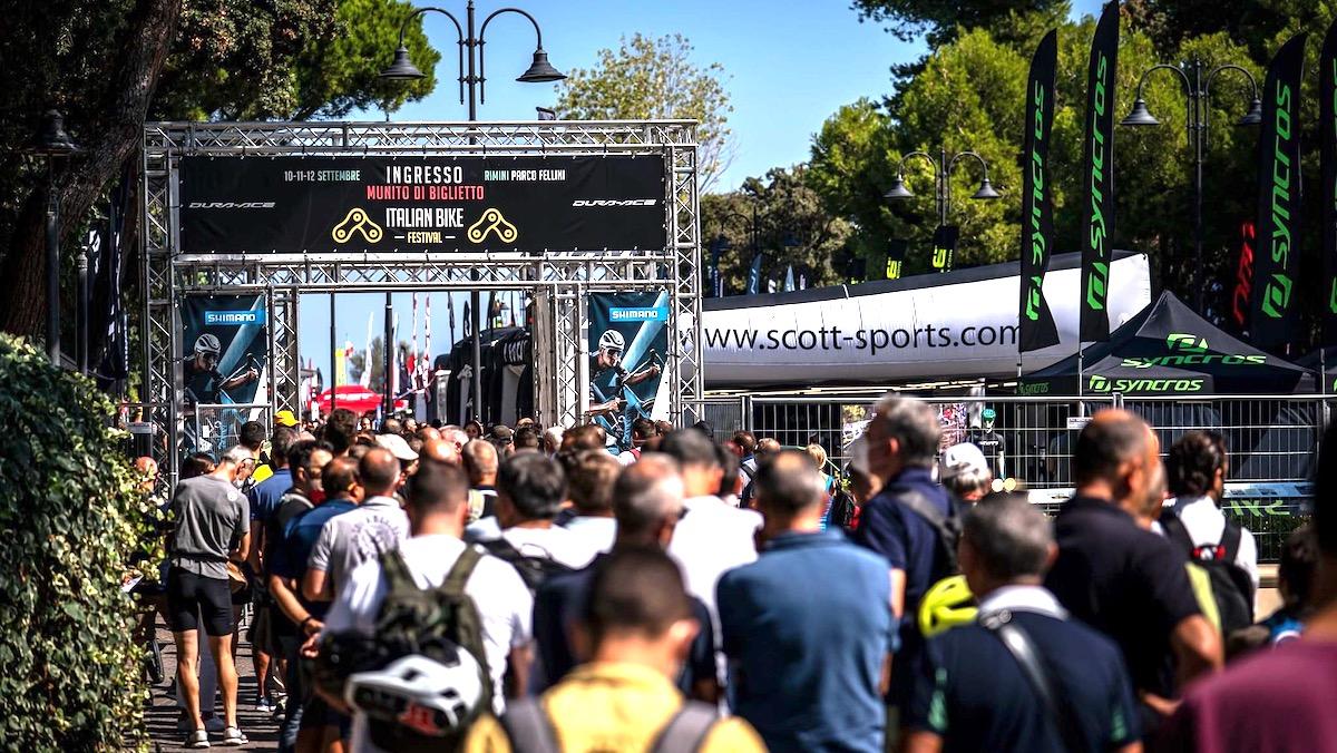 Italian Bike Festival 2022: date confermate, ma si cambia location