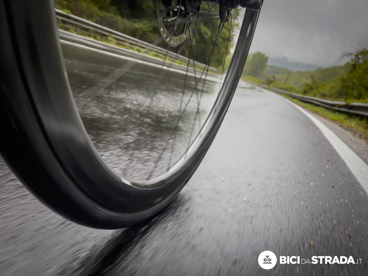 uscire in bici con la pioggia